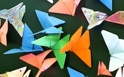 Origami e volti nuovi in Casa Albergo